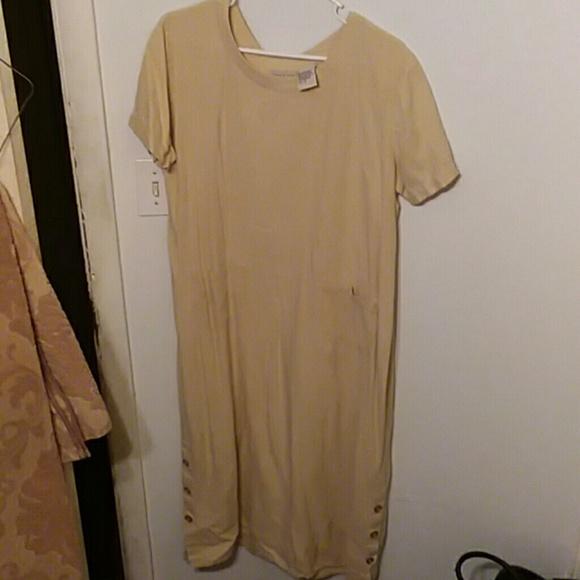 studio ease Dresses & Skirts - Short sleeve dress